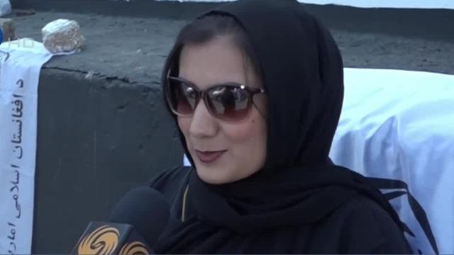 凤凰直击|阿塔治下喀布尔真实情况如何?妇女街头回应:非常满意