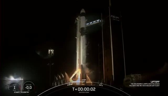 """SpaceX发射猎鹰9号执行首次""""全平民""""任务"""