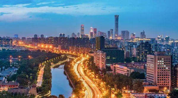 北京CBD夜景,图源:图虫创意