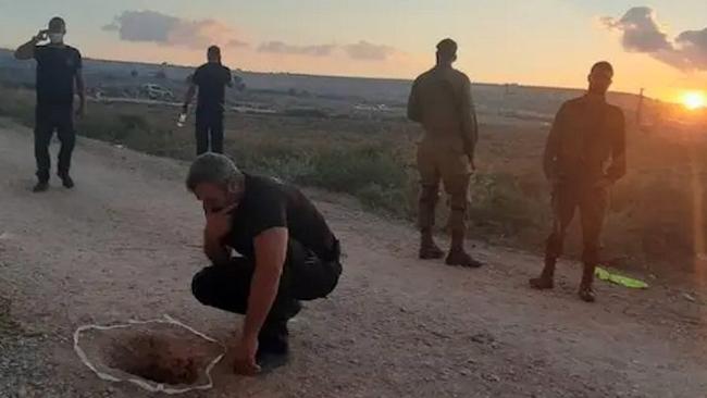 以色列6名用勺子挖隧道的囚犯被全部抓回
