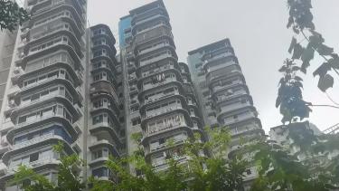 重庆24层住宅楼没电梯 外卖员心态崩了