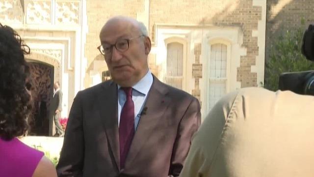 法国被召回驻美大使:法美双边关系正处于严峻时刻