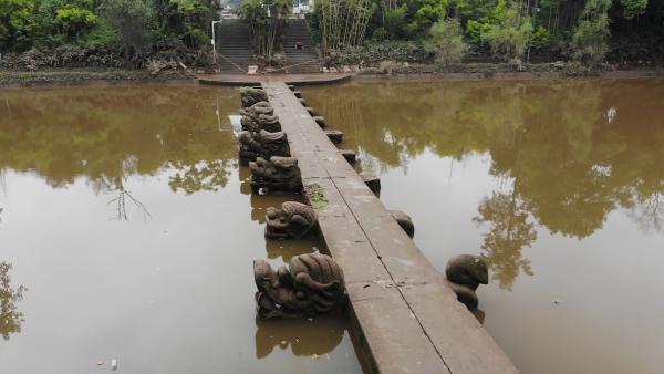 泸县地震震中:600多岁的龙脑桥安然无恙