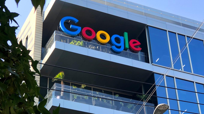 俄罗斯加大对谷歌、脸书违法内容罚款力度 最高年营收20%