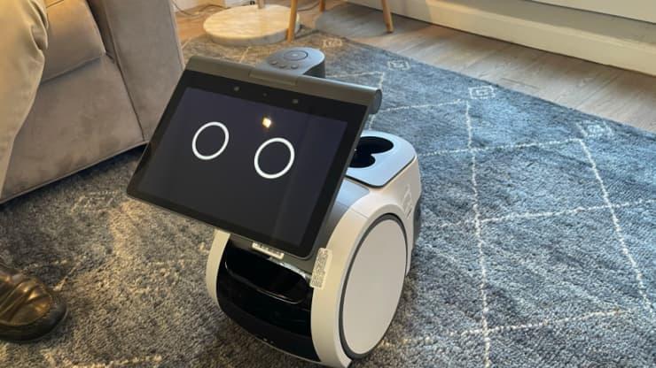 亚马逊推出名为Astro的家用机器人
