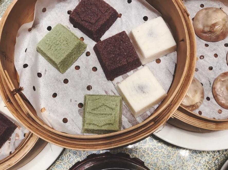 江南灶中餐厅的三色松糕,图源:黄永富