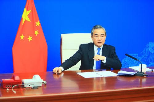 王毅应约与北约秘书长斯托尔滕贝格视频会晤