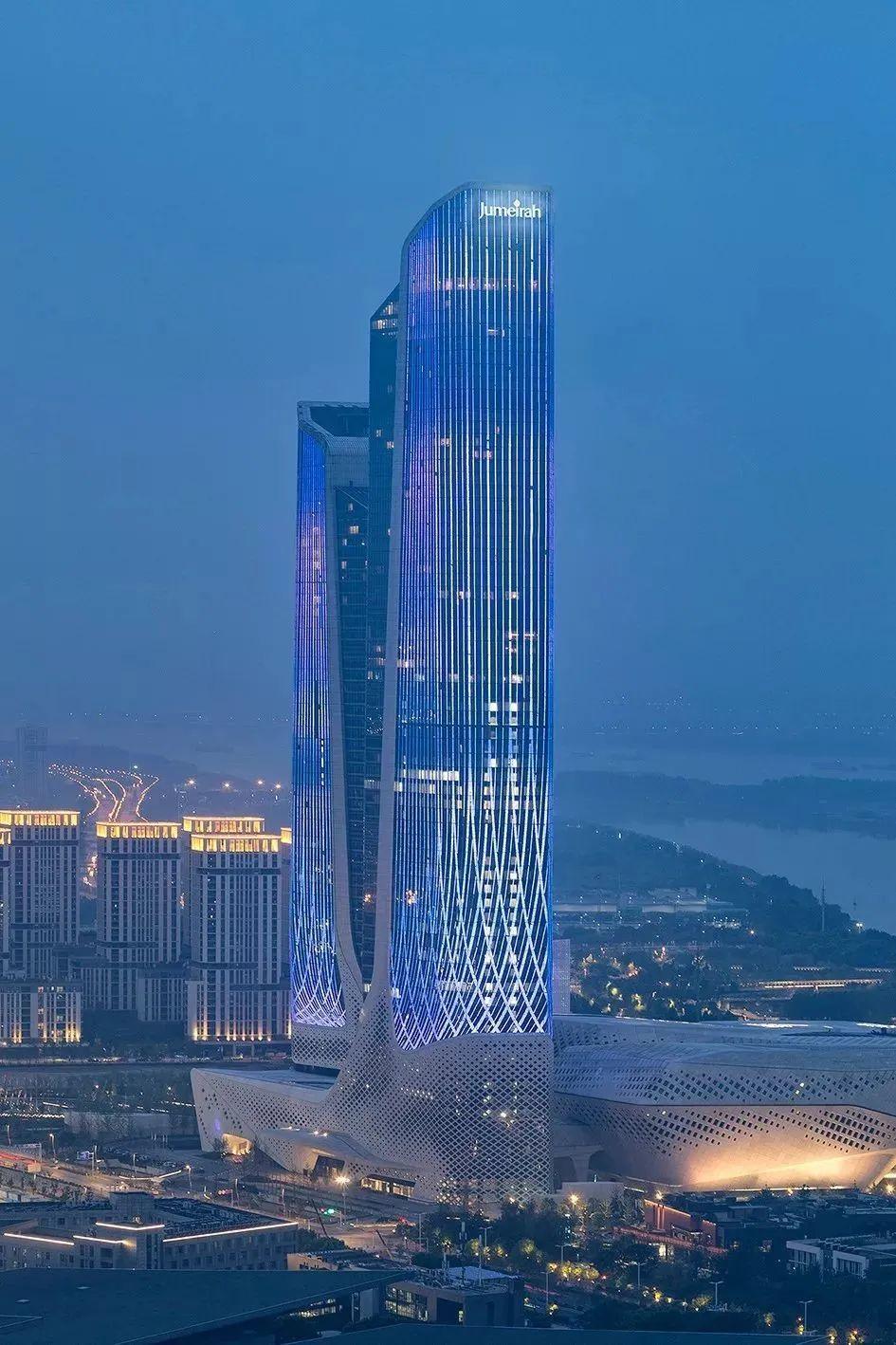 """中国唯一!杭城最先锋大学,成为""""二战后25座最重要建筑"""""""