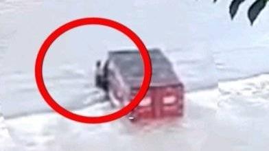 货车司机涉水过河不幸遇难 开门逃生瞬间被冲走