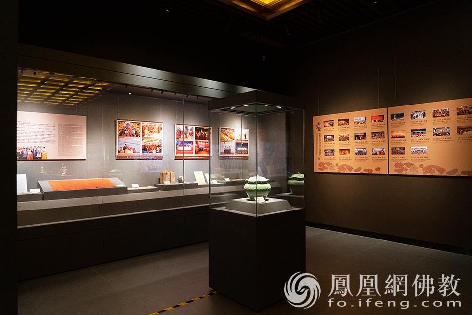 佛教艺术珍品展·黄金纽带(图片来源:凤凰网佛教 摄影:珠海普陀寺)