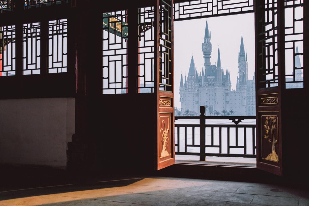 霍格沃兹河北分校,其真身是河北美术学院的动漫城项目。/ 视觉中国