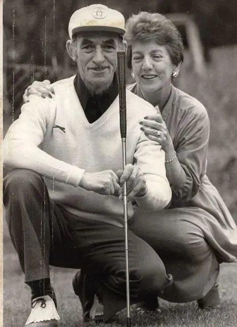 弗里特克罗夫特与妻子