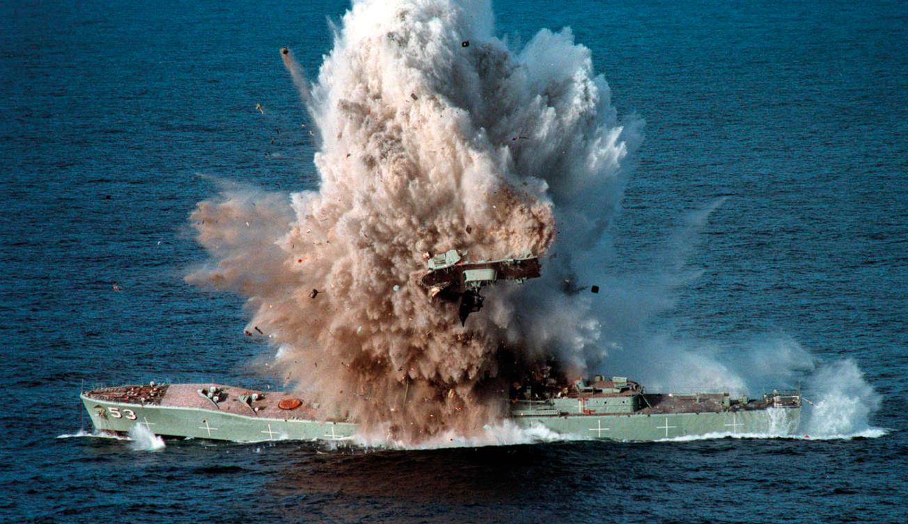 """""""海狼""""级能发射美军现役战力最强的MK-48-5ADCAP线导鱼雷,对敌方潜艇与大型水面舰艇威胁不小。"""