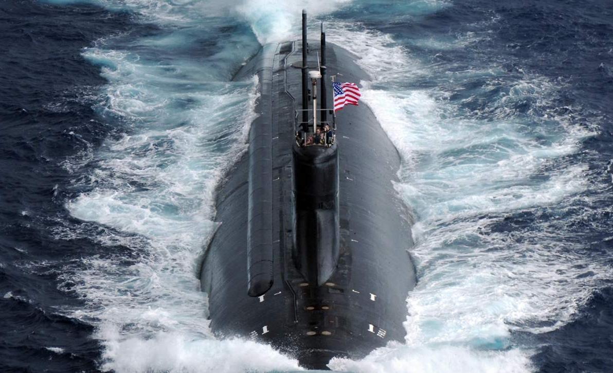 """仅""""美国'海狼'级核潜艇'康涅狄格'号现身南海""""这句话就已透露出美军行动的两大目的"""