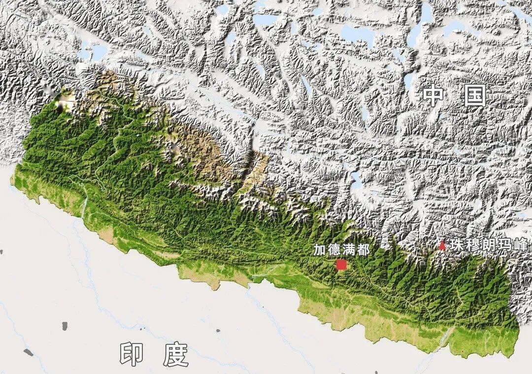 尼泊尔绝大部分国土都是山地,而且是喜马拉雅山脉的一部分,高峰林立