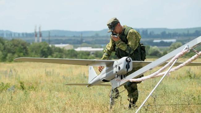 俄媒报道:俄军将装备喷火无人机 能用燃烧弹攻击敌人
