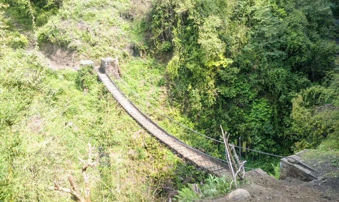 ABC路线上的铁索桥