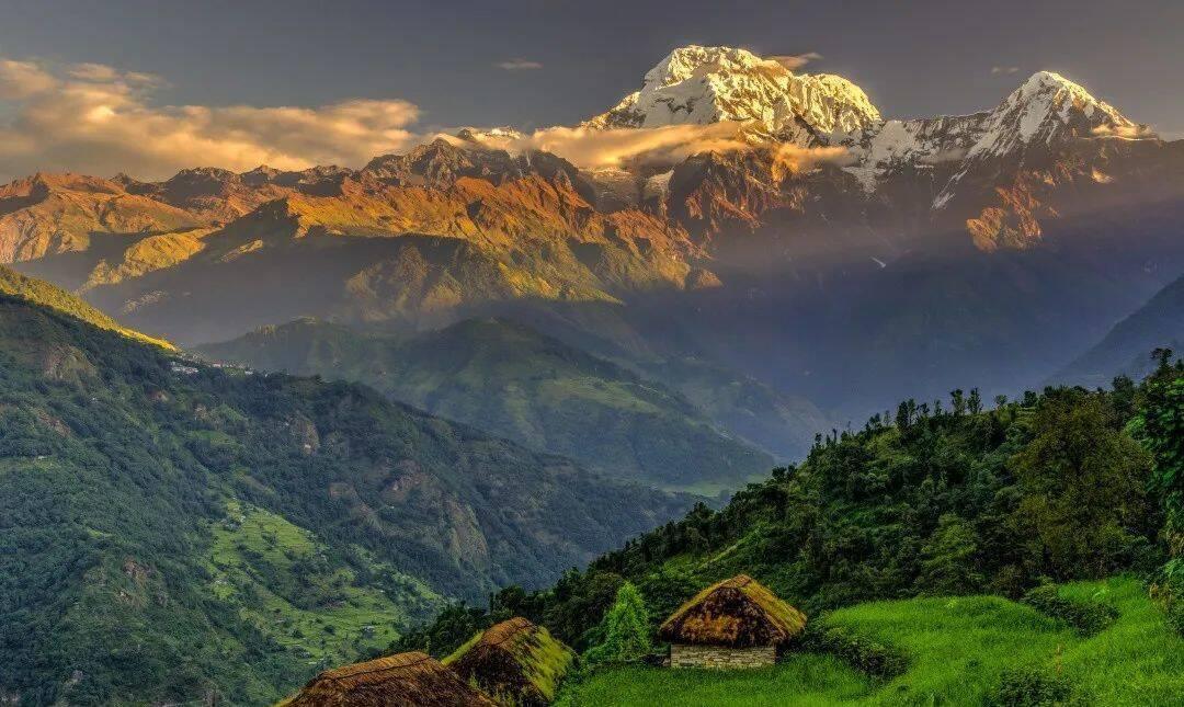尼泊尔风光 图:Evgeny Gorodetsky/ Shutterstock