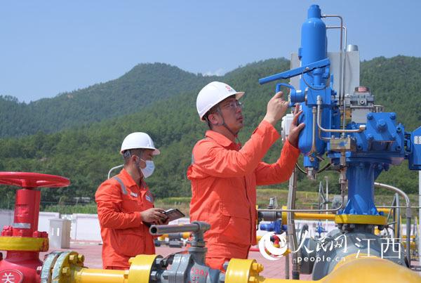 西气东输三线管道向赣南直供天然气。 张海涛 摄