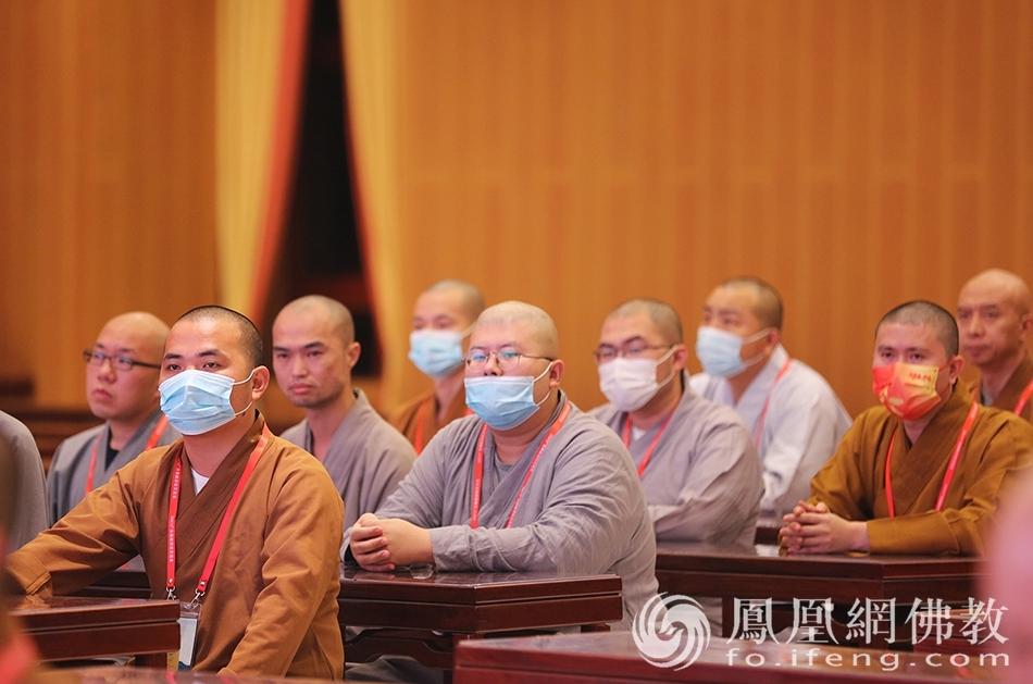 参赛法师(图片来源:凤凰网佛教 摄影:李保华)