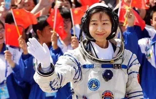 章子怡執導背后,女航天工作者心路歷程