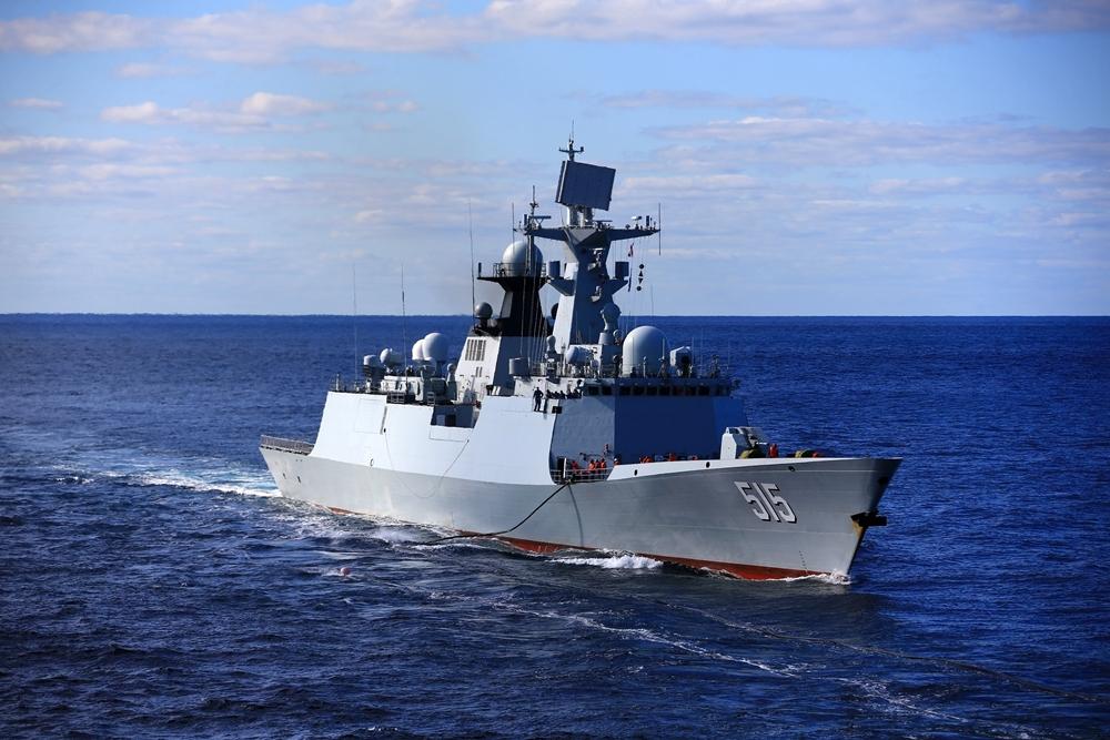 航行在日本海的中国海军滨州舰。