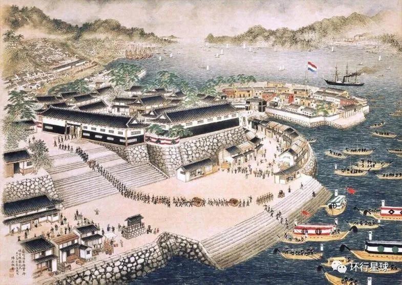 江户时期的长崎港口,荷兰国旗在出岛上迎风飘扬。 图:Wikiwand