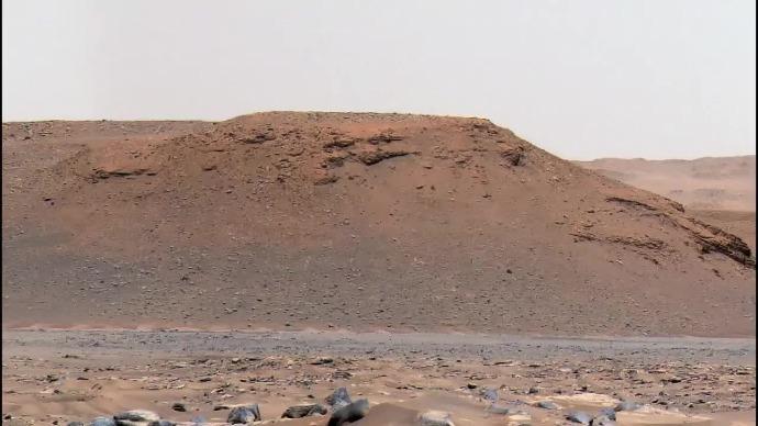 这是火星的耶泽罗撞击坑,探测器拍到了这些