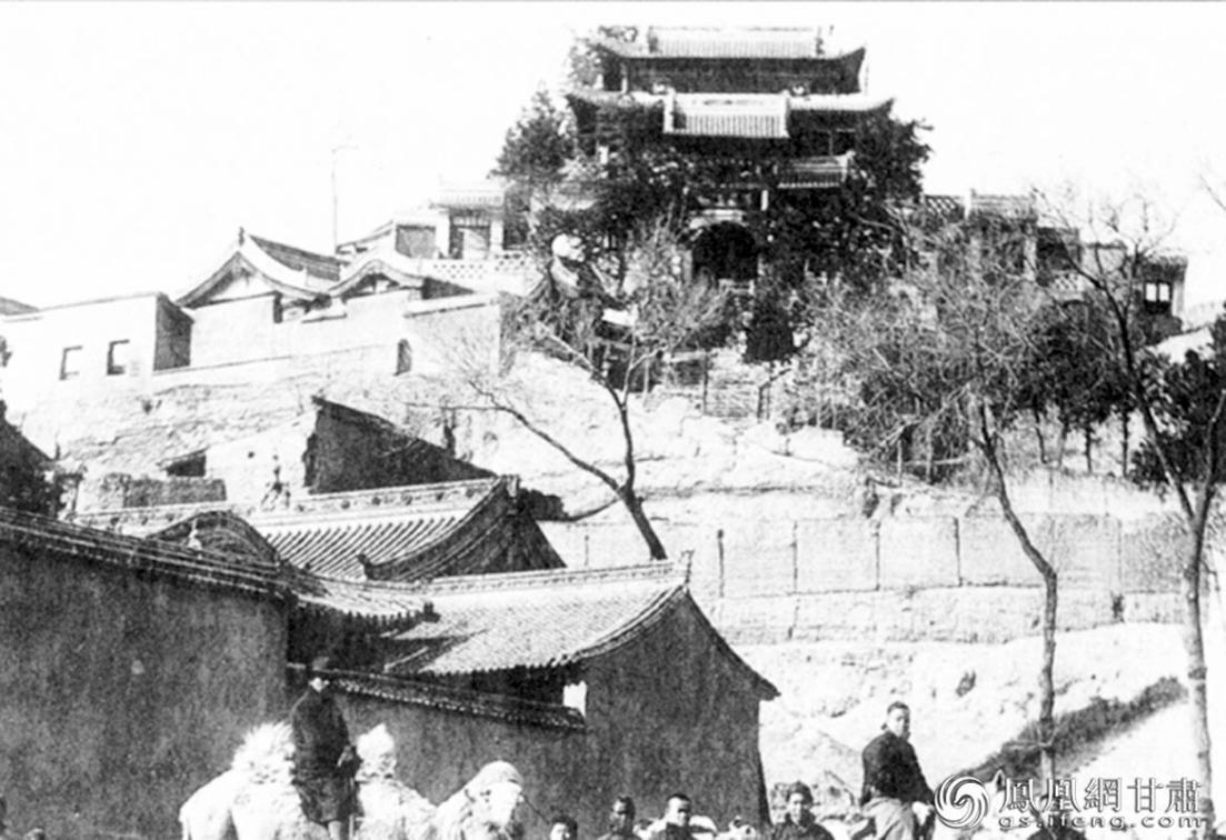 黄钺秦州起义指挥所泰山庙(1912年摄) 资料图
