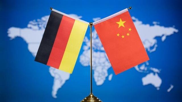 """""""默克尔时代""""落幕 德国对华政策前后有何变化?凤凰评论员论述"""