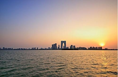 <b>苏州阳澄湖吃大闸蟹的地方在哪里 ,哪里好?</b>